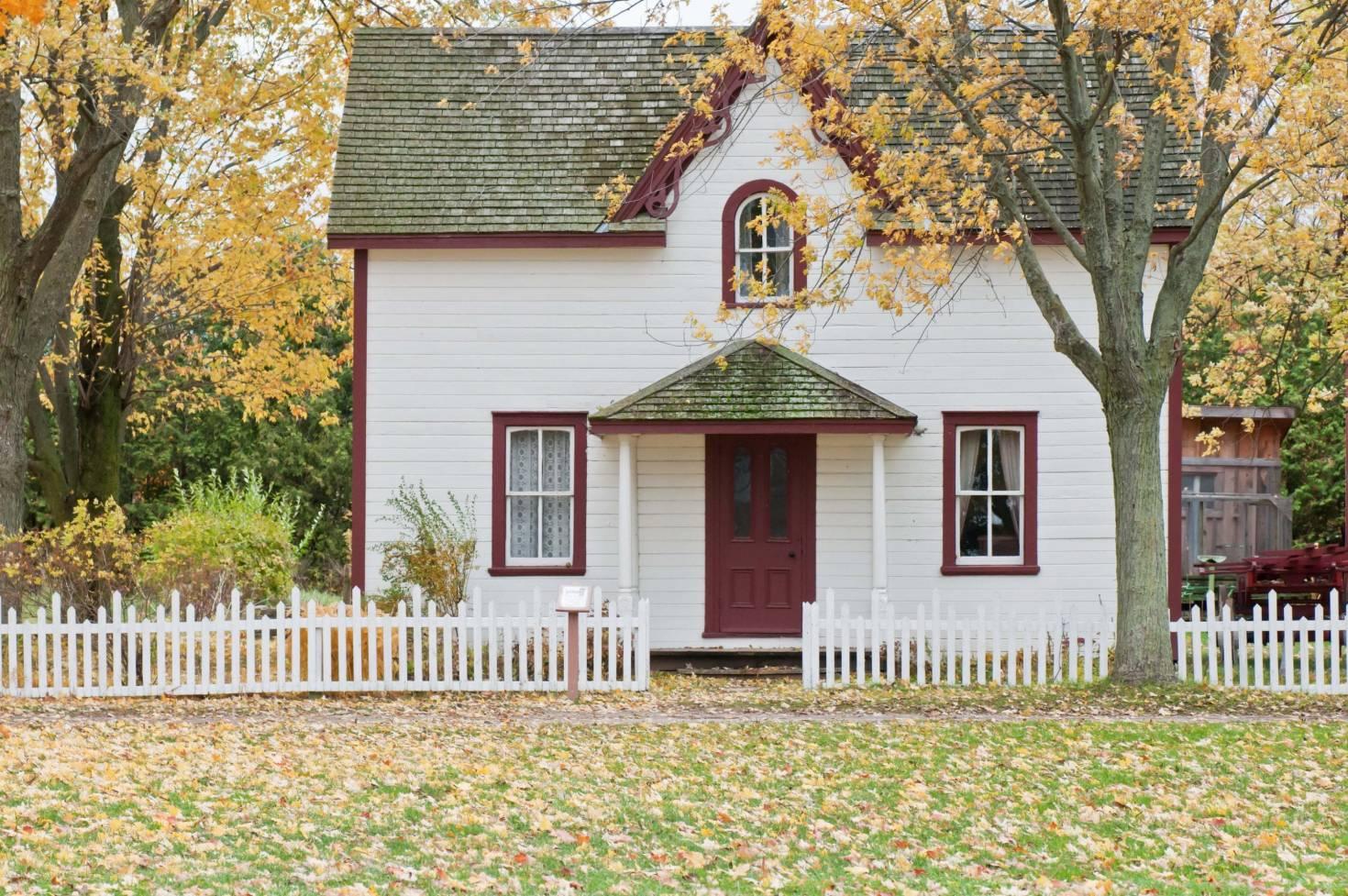 A Small White House