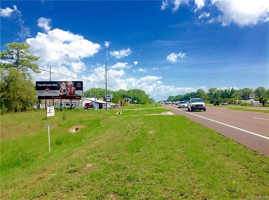 2.9 Acres of Commercial Land for Sale in Homosassa, Florida