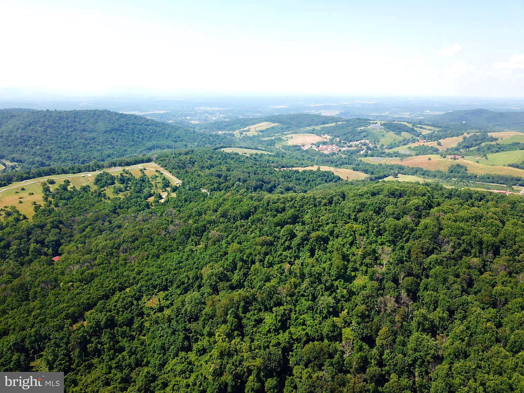 189 Acres of Agricultural Land for Sale in Front Royal, Virginia