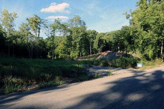 3.9 Acres of Residential Land for Auction in Poughkeepsie, New York