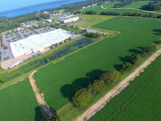 20.9 Acres of Mixed-Use Land for Sale in Eufaula, Alabama