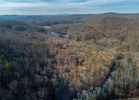 7.6 Acres of Residential Land for Sale in Patterson, New York