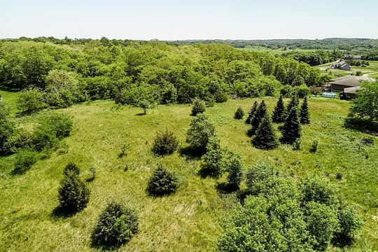 2.3 Acres of Residential Land for Sale in Hudson, Wisconsin